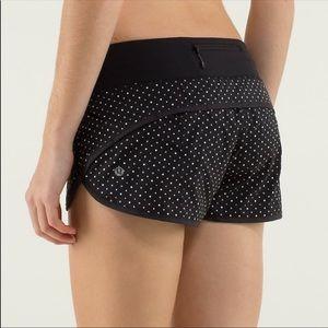 Lululemon black white polka dot speed shorts 4